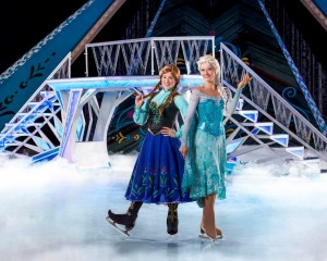 D34 Frozen_Anna & Elsa- LOW RES
