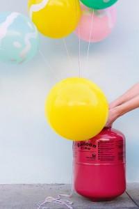 DIY Easter Egg Balloons Step 1