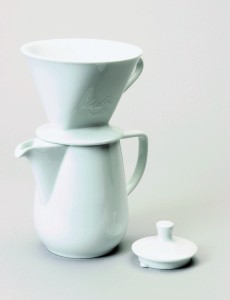 Porcelain 6-Cup Pour-Over Coffeemaker