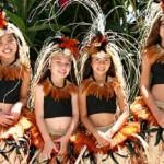 hawaiin girls.jpgsmmm