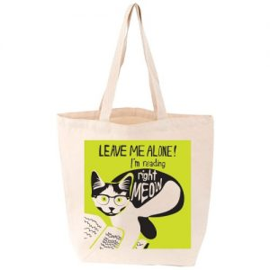 im-reading-right-meow-tote-bag-500x500