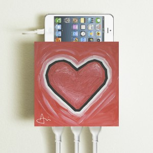 Living Plug_Valentine's Day_With Phone